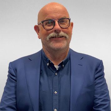 J. van Hooven